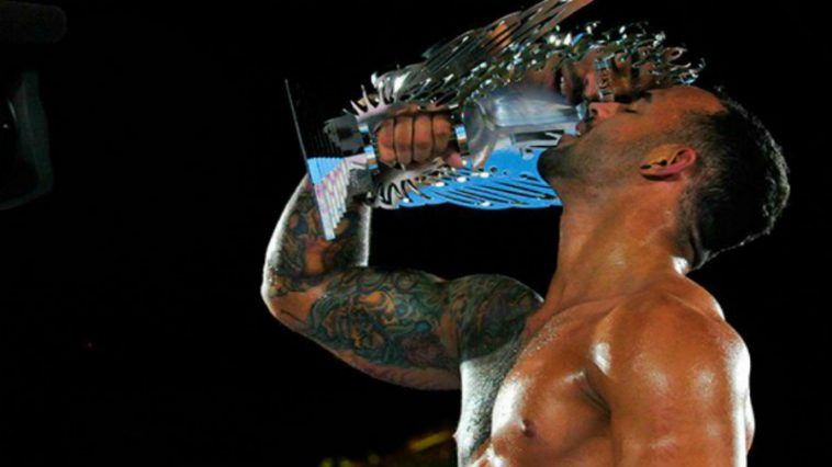 WWE: Ricochet Signs