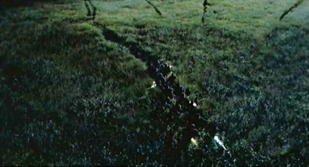 Velociraptors-in-the-long-grass-The-Lost-World